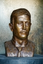 Wendy Black: Percy McDonnell. Bronze